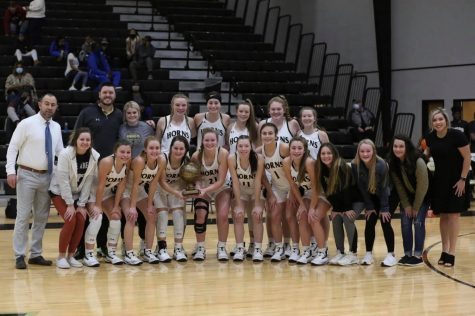 Lady Horns Take Home Trophy